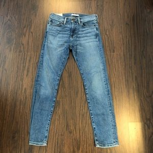 Abercrombie and Fitch jeans ankle skinny  28X 30